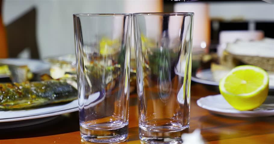 raki minuman tradisional yunani