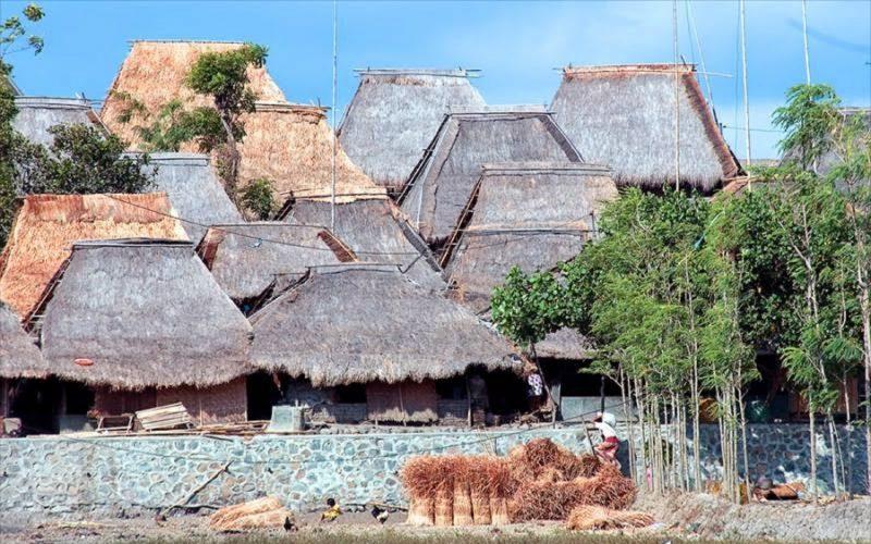 Rumah Adat Bale