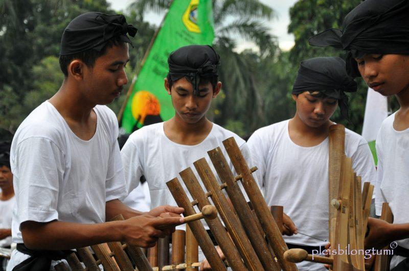 Mengenal Alat Musik Tradisional Calung