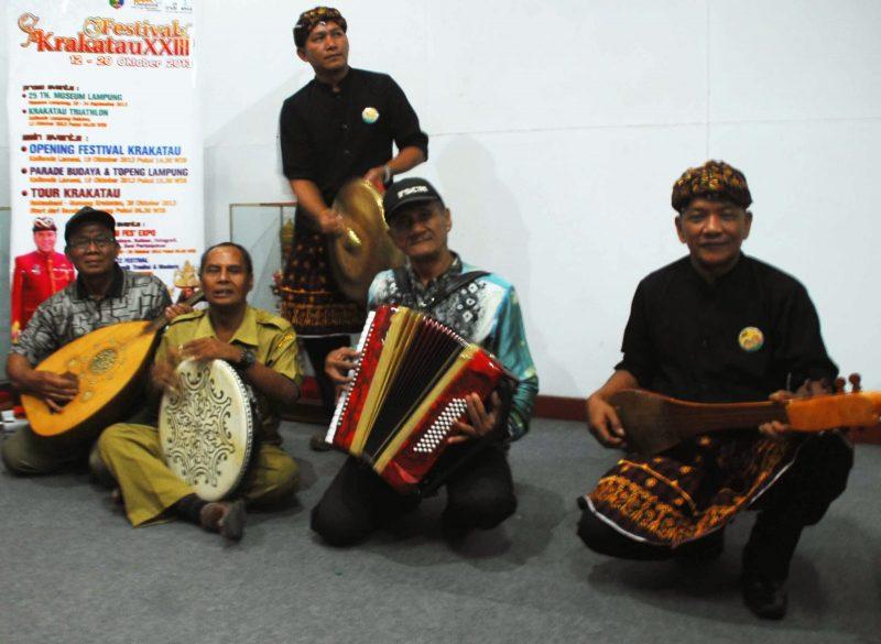 Mengenal Alat Musik Lampung