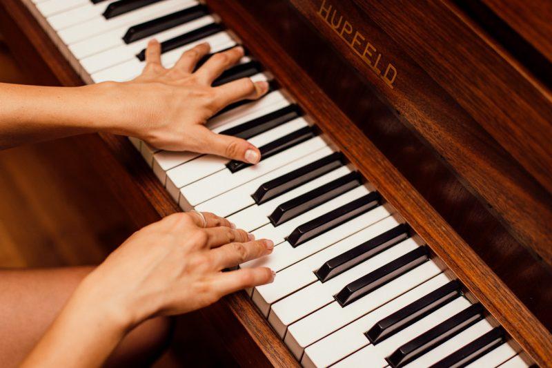 13 Alat Musik Melodis Beserta Gambar Dan Penjelasan Guratgarut