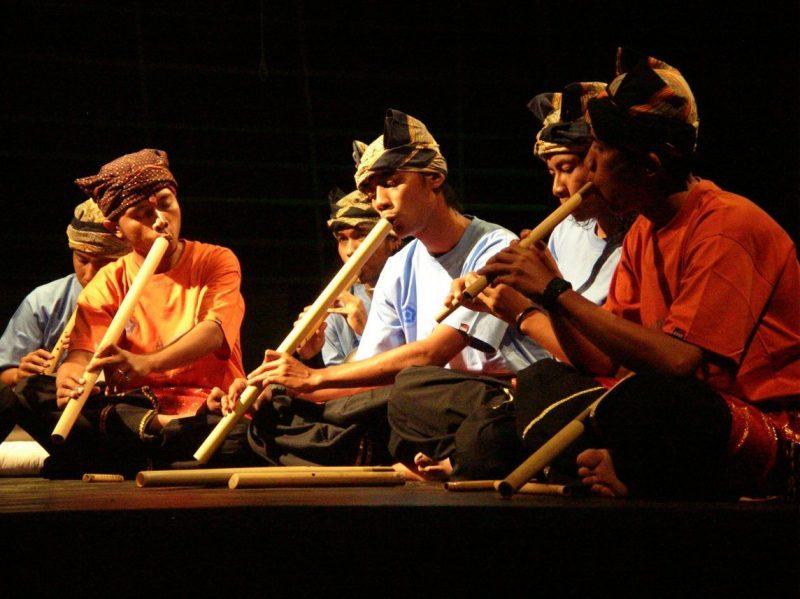 Pementasan Saluang, Alat musik tradisional Indonesia
