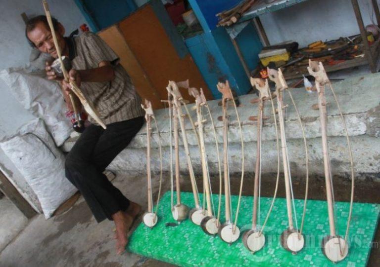 proses pembuatan rebab