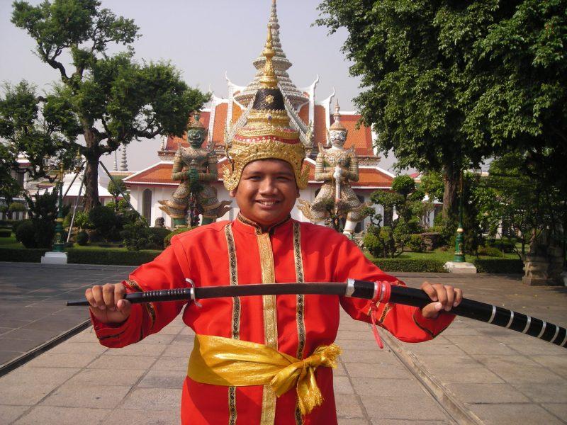 pakaian tradisional thailand