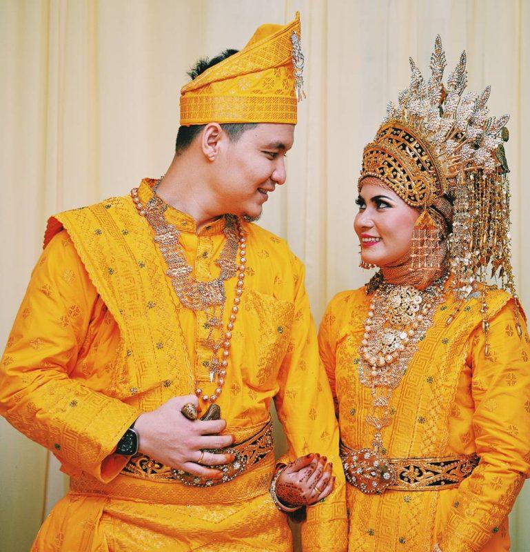 baju adat riau untuk pernikahan