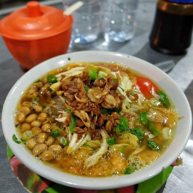 makanan khas cirebon bubur sop ayam