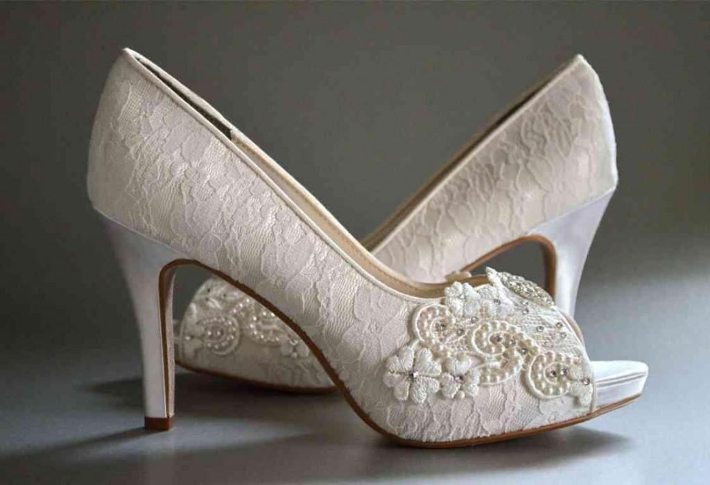 sandal pernikahan perempuan