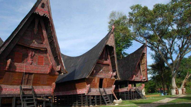 rumah khas batak