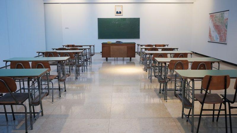 contoh teks deskripsi tentang sekolah
