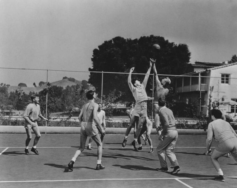pertandingan bola basket jaman dulu