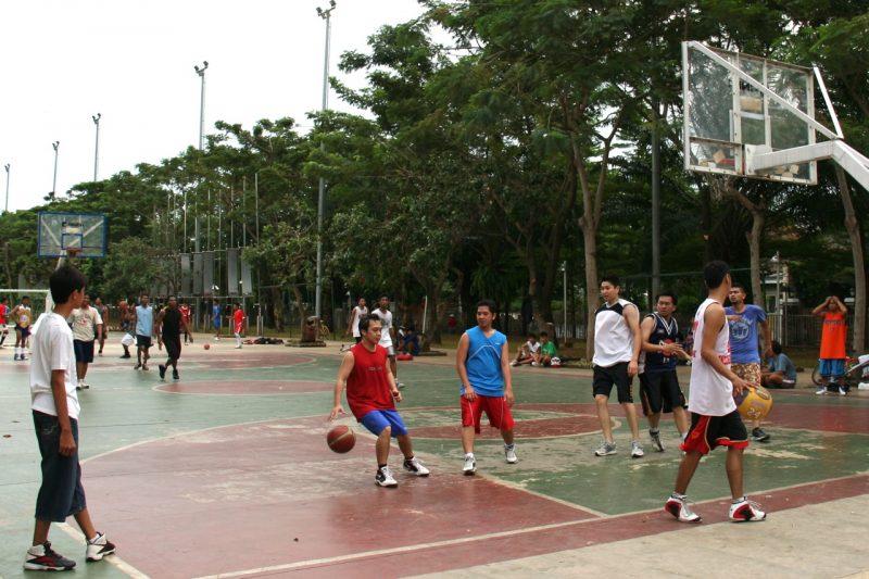 lapangan basket taman menteng
