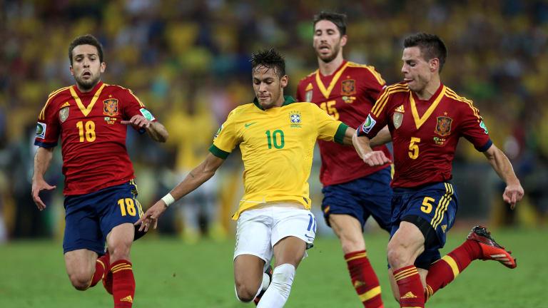 Pola Permainan Sepak Bola (Penyerangan & Pertahanan)