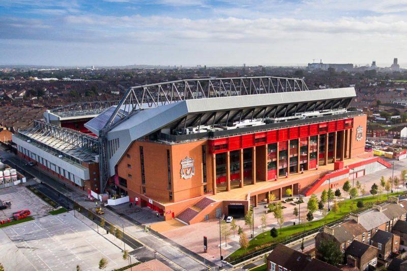 Anfield adalah stadion markas liverpool