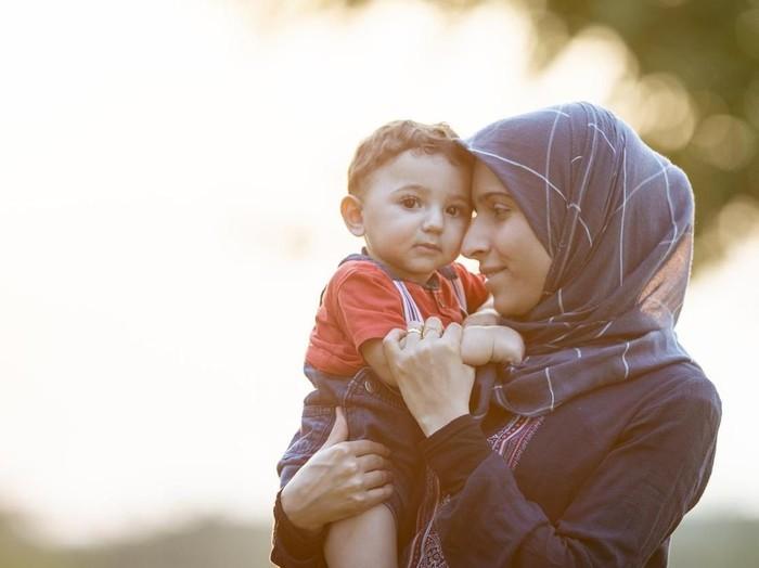 puisi tentang ibu tercinta