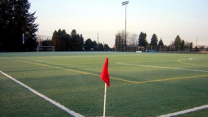ukuran lapangan bola standar fifa