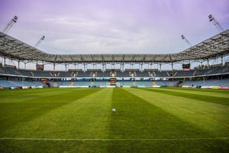lapangna sepakbola standar fifa